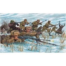 Italeri 1/72 WWII-Russian Infantry (Winter Unif)