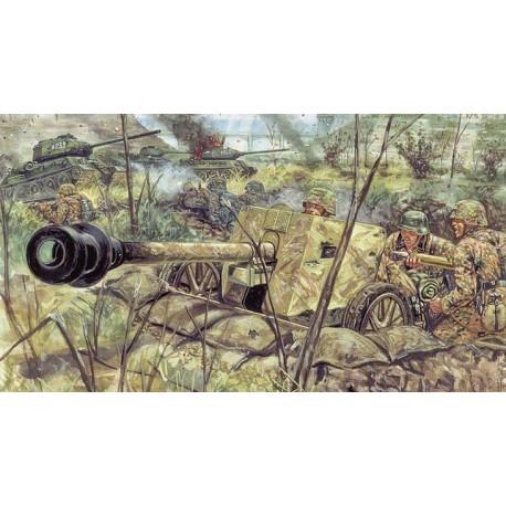 Italeri WWII GERMAN PAK40 AT GUN W/SERVANTS