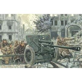 Italeri 1/32 WWII Russian Zis3 At Gun W/Servants