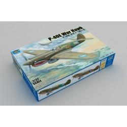 Trumpeter: P-40E War Hawk in 1:32