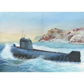 Zvezda 1/350 K-19 Soviet Nuclear Submarine Hotel Class