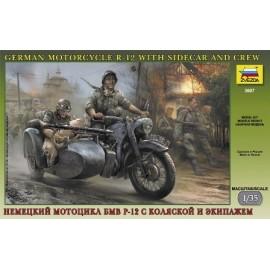 Zvezda 1/35 German WWII Sidecar R12 With Crew
