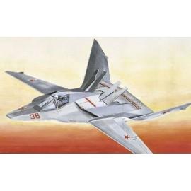 Italeri 1/72 Mig-37 Soviet Fighter