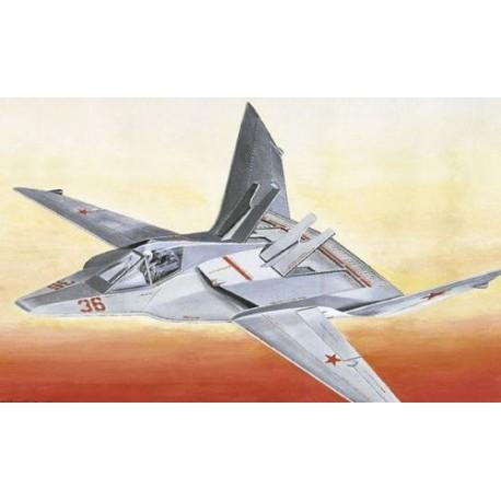 Italeri MIG-37 SOVIET FIGHTER