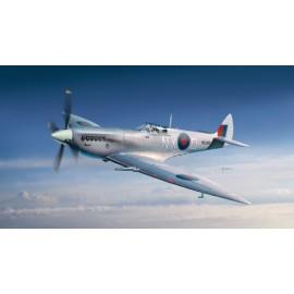 Italeri 1/72 Spitfire F. Mk.VII