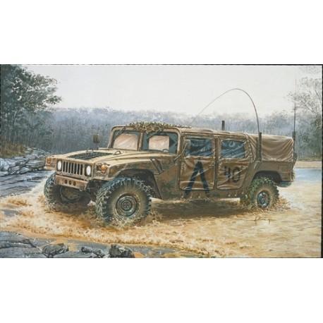 Italeri M 998 Command Vehicle